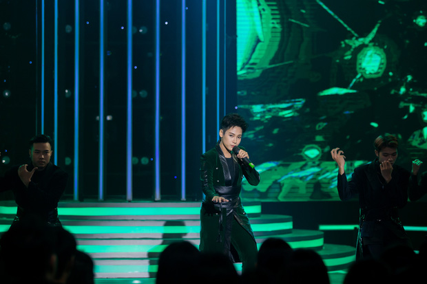 Gương Mặt Thân Quen: Hải Đăng Doo bất ngờ lội ngược dòng khi giả Maroon 5, lần đầu rinh giải nhất tuần - Ảnh 6.