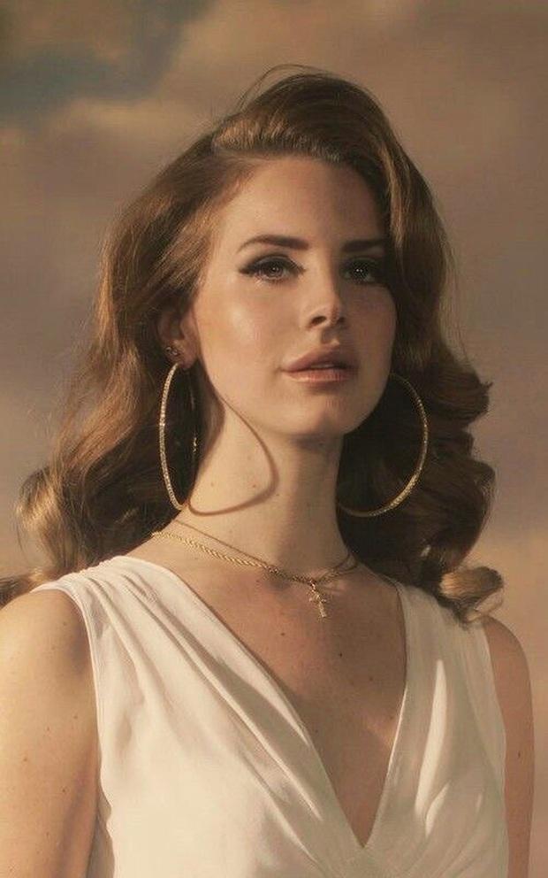 """Màn hoán đổi chấn động của Adele và Lana Del Rey trong 6 tháng: Bên lột xác giảm cả chục kg, bên bỗng tăng cân """"hết hồn"""" - Ảnh 7."""