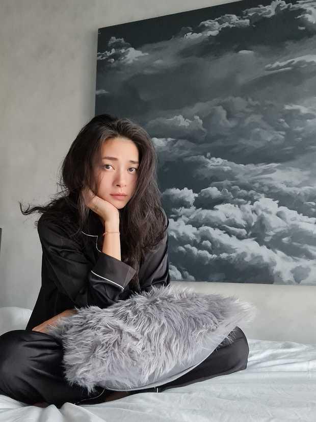 Nghiện nhà như Ngô Thanh Vân: Chụp đủ 7749 kiểu ảnh sống ảo từ phòng khách đến phòng ngủ - Ảnh 9.