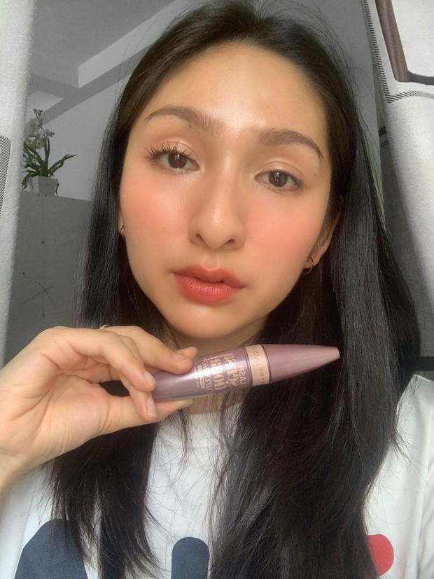 """Review chi tiết 8 cây mascara đã dùng, cô thợ makeup """"ghim"""" cả những loại dành riêng cho các nàng thích mi dày - Ảnh 10."""