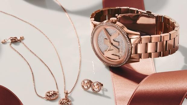 Sắm đồng hồ/ túi xách chính hãng cao cấp thật dễ dàng tại kênh mua sắm đa thương hiệu chính thức của Fossil, Michael Kors, Find Kapoor, Fjallraven - Ảnh 3.