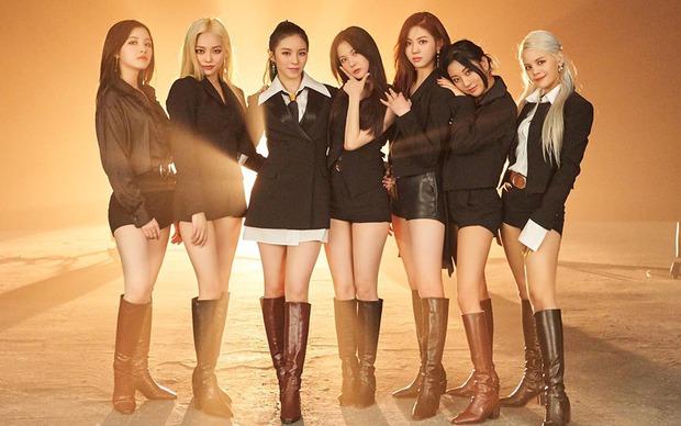 Cube đăng ký bản quyền CLC trước khi 1 thành viên kiện công ty: Netizen chê bẩn tính, nhớ lại cảnh B2ST và T-ara bị ngáng đường - Ảnh 3.