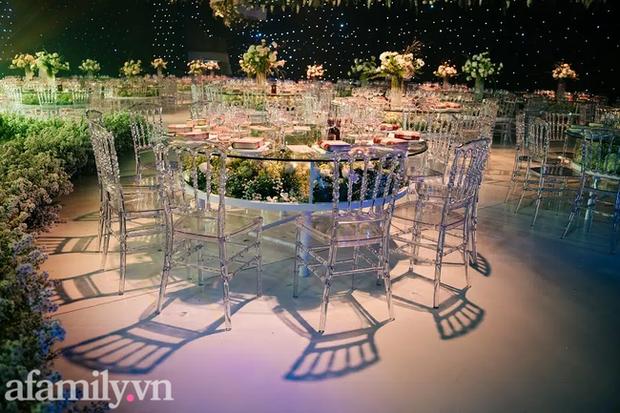 Siêu đám cưới tổ chức cùng địa điểm với Công Phượng - Viên Minh, nguyên hoa tươi nhập khẩu đã 5 tấn và thân phận bí ẩn của cô dâu, chú rể - Ảnh 11.