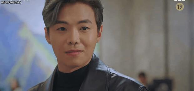 Bà cả Lee Ji Ah cao tay tống cổ cả tiểu tam và chồng tồi vào tù ở Penthouse tập 19 - Ảnh 18.