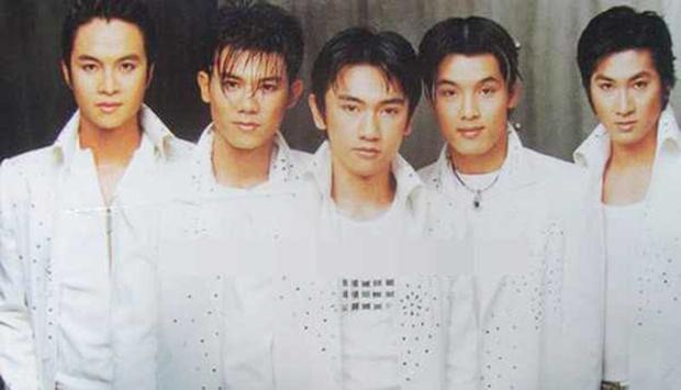 Thế hệ 8x, 9x chắc hẳn không khỏi bồi hồi trước hình ảnh của cố NS Vân Quang Long và anh em 1088 một thời thanh xuân - Ảnh 6.