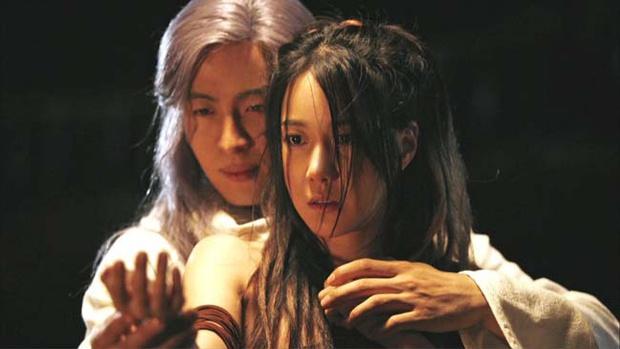 Bà cả Penthouse Lee Ji Ah: Lừa dối cả Kbiz bí mật kết hôn với huyền thoại Kpop, khiến Jung Woo Sung đau đớn và cái kết bất ngờ - Ảnh 3.