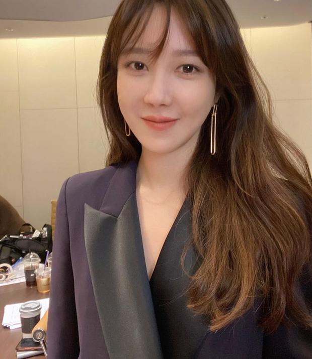 Bà cả Penthouse Lee Ji Ah: Lừa dối cả Kbiz bí mật kết hôn với huyền thoại Kpop, khiến Jung Woo Sung đau đớn và cái kết bất ngờ - Ảnh 12.