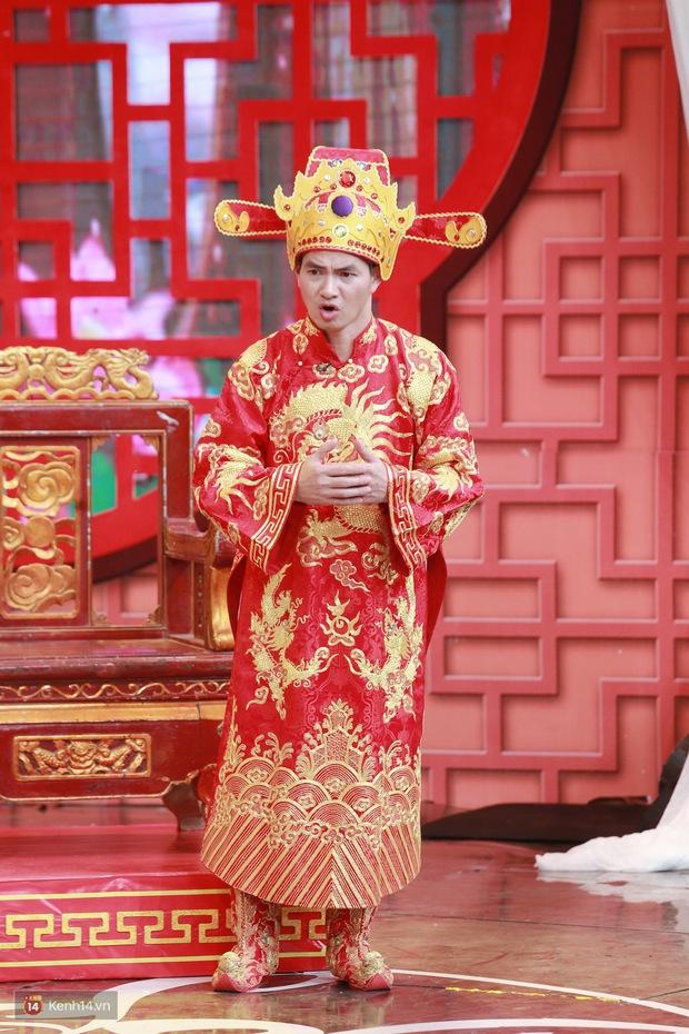Dàn Táo Quân lên sân khấu hài hước bao nhiêu, về nhà lại nghiêm khắc dạy con bấy nhiêu; con của Vân Dung, Chí Trung còn gây bất ngờ về ngành học - Ảnh 2.