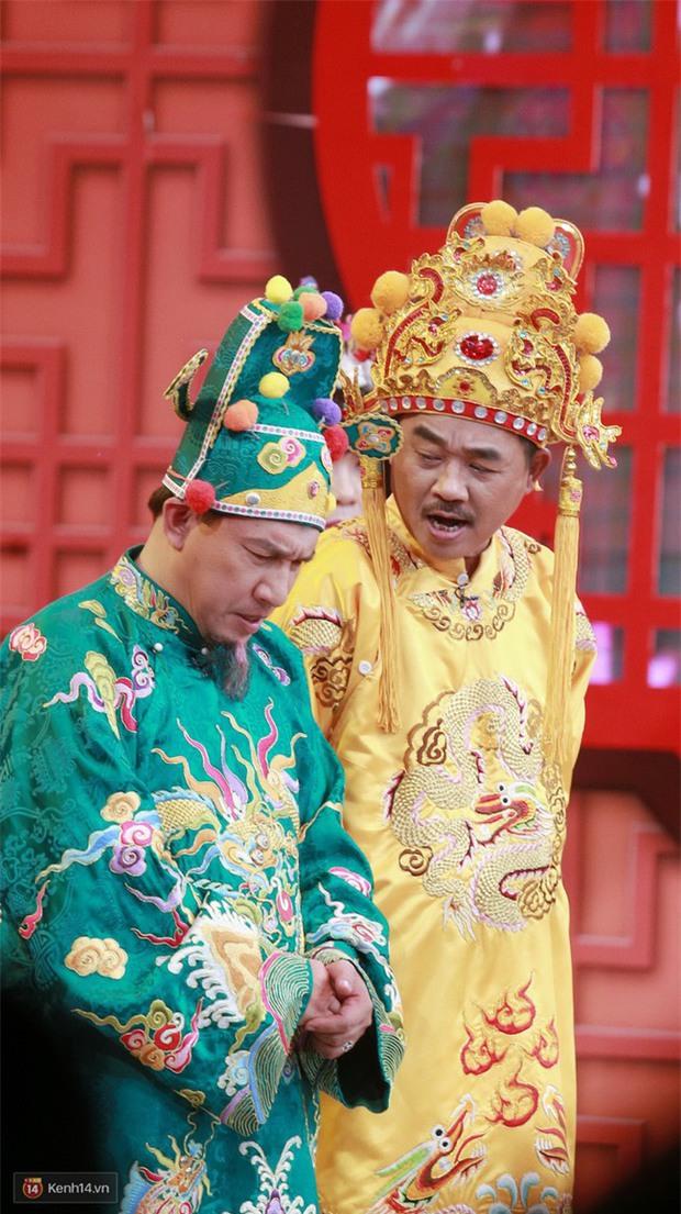 Dàn Táo Quân lên sân khấu hài hước bao nhiêu, về nhà lại nghiêm khắc dạy con bấy nhiêu; con của Vân Dung, Chí Trung còn gây bất ngờ về ngành học - Ảnh 8.
