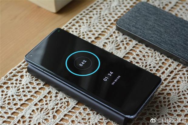 Cận cảnh Xiaomi Mi 11 vừa ra mắt: Thiết kế camera mới, có thêm bản mặt lưng da, màn hình và hiệu năng nâng cấp mạnh, giá từ 14,2 triệu đồng - Ảnh 12.