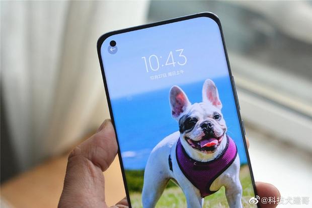 Cận cảnh Xiaomi Mi 11 vừa ra mắt: Thiết kế camera mới, có thêm bản mặt lưng da, màn hình và hiệu năng nâng cấp mạnh, giá từ 14,2 triệu đồng - Ảnh 8.