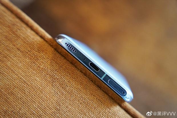 Cận cảnh Xiaomi Mi 11 vừa ra mắt: Thiết kế camera mới, có thêm bản mặt lưng da, màn hình và hiệu năng nâng cấp mạnh, giá từ 14,2 triệu đồng - Ảnh 10.