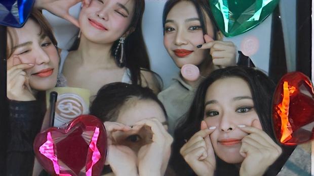 Red Velvet tái xuất đội hình 5 người, thái độ netizen dành cho Irene và Wendy khác nhau 1 trời 1 vực - Ảnh 3.