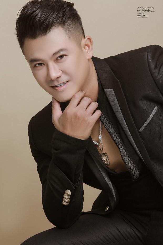 Hình ảnh cuối cùng của ca sĩ Vân Quang Long - cựu thành viên 1088 trước khi qua đời: Xót xa khoảnh khắc tươi cười với con gái! - Ảnh 3.