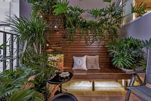 Đầu tư 5 tỷ, cặp vợ chồng biến nhà thô thành penthouse sang xịn mịn với style tối giản cực mê - Ảnh 4.