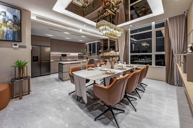 Đầu tư 5 tỷ, cặp vợ chồng biến nhà thô thành penthouse sang xịn mịn với style tối giản cực mê - Ảnh 7.