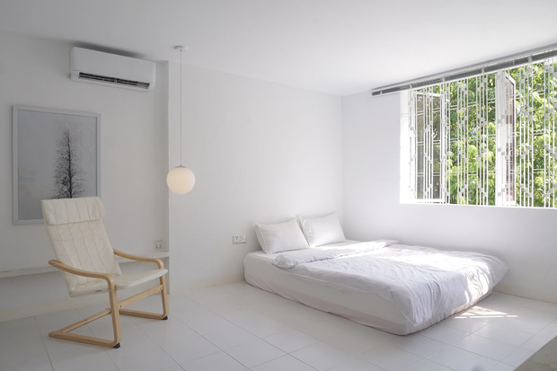 Chàng trai thuê căn nhà cũ, chi 100 triệu thiết kế theo style bệnh viện nhìn đâu cũng thấy trắng - Ảnh 3.