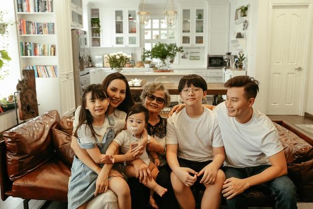 Ca sĩ Hoàng Bách ra mắt MV do con gái 8 tuổi sáng tác: Không muốn con mình trở thành một sao nhí hay hiện tượng mạng - Ảnh 1.