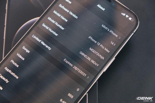 Không chỉ iPhone 12, ngay cả củ sạc Apple cũng cháy hàng, tăng giá tại Việt Nam - Ảnh 1.