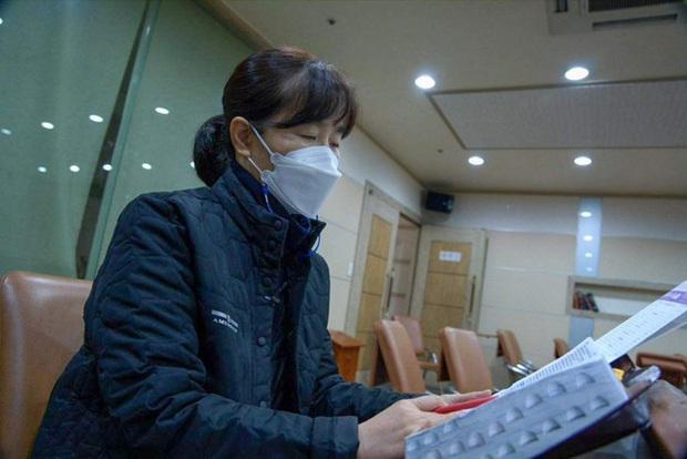 Ác mộng thực sự mang tên thi đại học ở Hàn Quốc: Cấm cung ôn thi để tránh dịch, sợ trượt trường top hơn cả sợ Covid-19 - Ảnh 4.