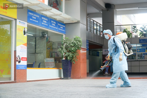 Bộ trưởng Bộ Y tế chỉ rõ sai phạm của các cá nhân, tổ chức liên quan nam tiếp viên Vietnam Airlines - Ảnh 1.