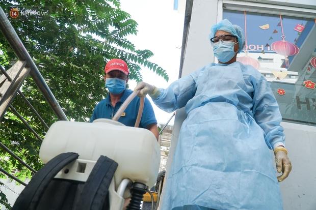 Hà Nội ghi nhận ca bệnh tái dương tính với SARS-CoV-2 chỉ 3 ngày sau xuất viện - Ảnh 1.