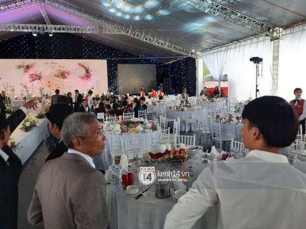 Cận cảnh menu đám cưới ở quê nhà Công Phượng: Tận 11 món nhưng chẳng thấy đặc sản xứ Nghệ nào - Ảnh 3.