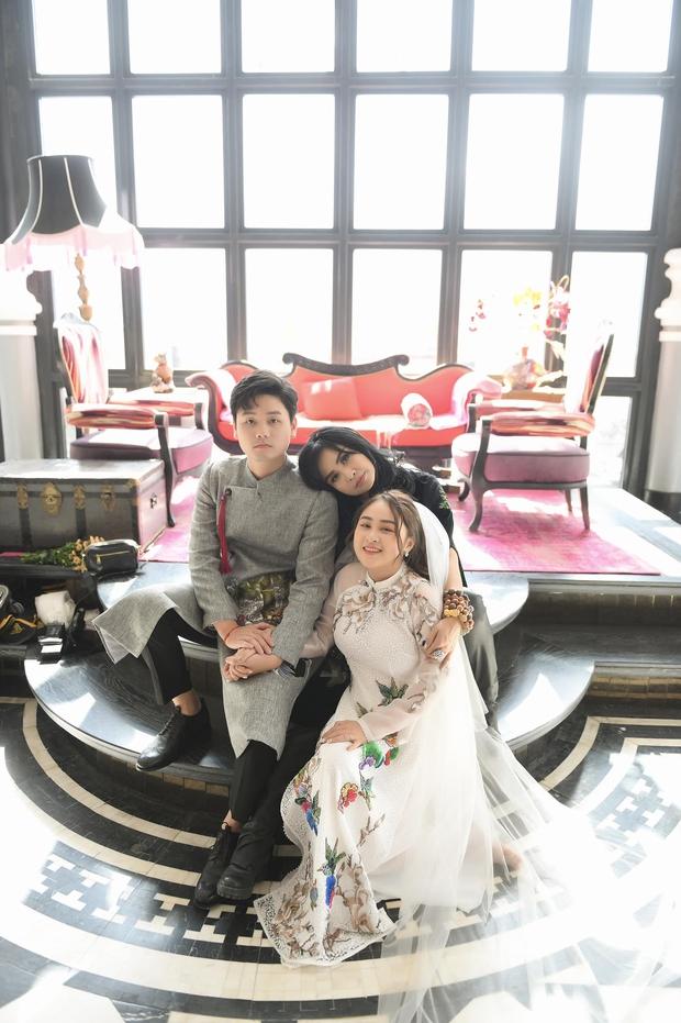 Hé lộ hậu trường chụp ảnh cưới của con gái Thanh Lam: Cô dâu chú rể khoá môi, nhan sắc nữ diva U55 gây chú ý - Ảnh 7.