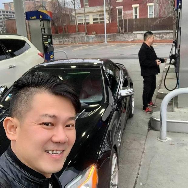 Cố NS Vân Quang Long những ngày cuối đời: Chăm chỉ đi làm thợ điện, tranh thủ sáng tác hát livestream để thoả đam mê - Ảnh 5.