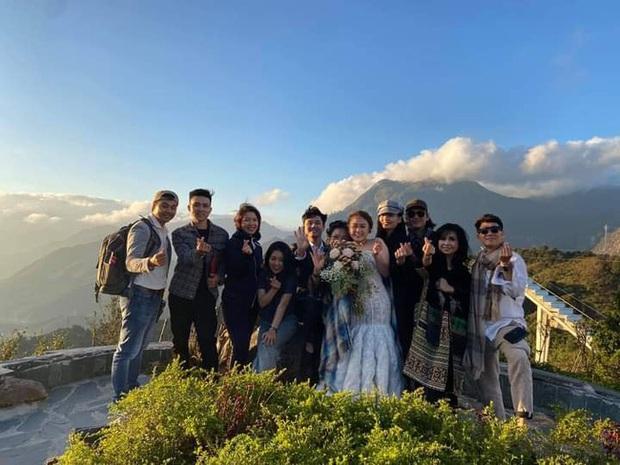 Hé lộ hậu trường chụp ảnh cưới của con gái Thanh Lam: Cô dâu chú rể khoá môi, nhan sắc nữ diva U55 gây chú ý - Ảnh 3.