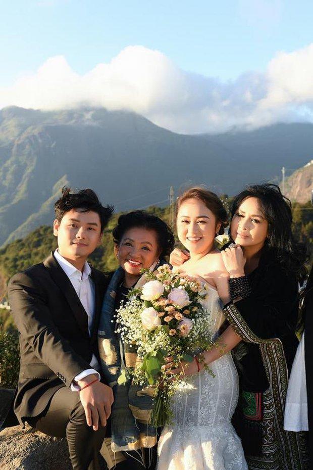 Hé lộ hậu trường chụp ảnh cưới của con gái Thanh Lam: Cô dâu chú rể khoá môi, nhan sắc nữ diva U55 gây chú ý - Ảnh 2.