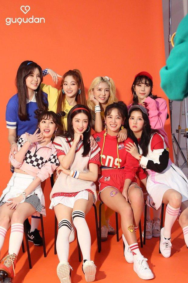 Hôm nay 1 nhóm nhạc nữ Kpop đã tuyên bố tan rã, 2 thành viên nổi tiếng nhất cũng không cân nổi - Ảnh 2.