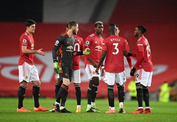 Thắng kịch tích trận cuối cùng của năm, MU lên nhì bảng Ngoại hạng Anh - Ảnh 1.
