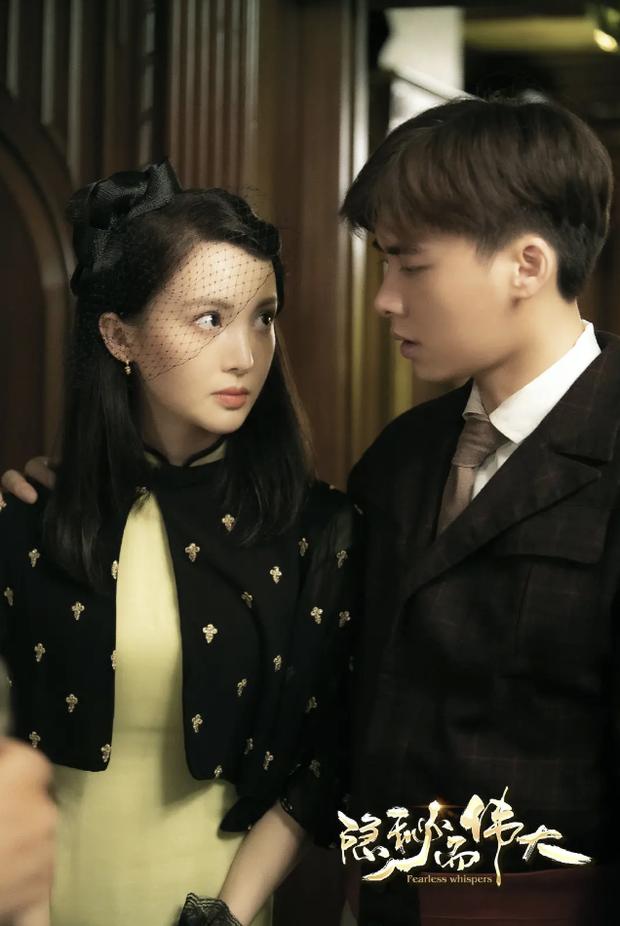 NÓNG: Không phải Giả Nãi Lượng, tình cũ Đặng Luân đang hẹn hò với mỹ nam số 1 Cbiz Lý Dịch Phong? - Ảnh 5.