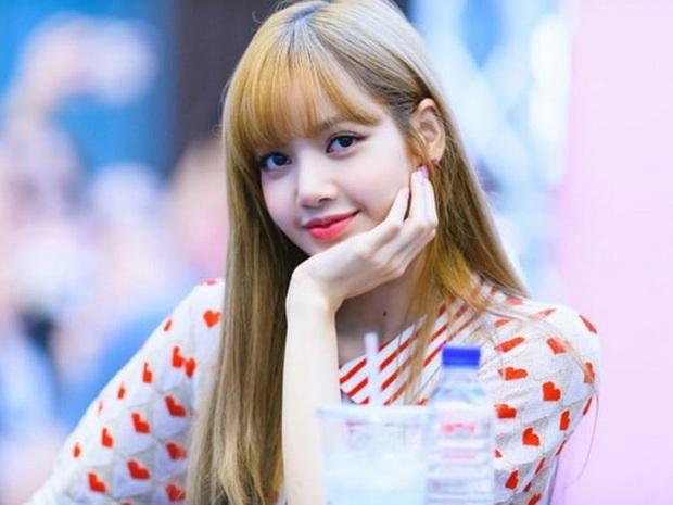 Đọ mặt mộc các mỹ nhân Hàn khi nhập ngũ: Lisa (BLACKPINK) da đẹp khó tin, Jessi gây sốc khi nhan sắc tuột dốc - Ảnh 1.