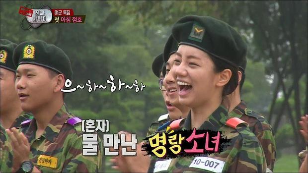 Đọ mặt mộc các mỹ nhân Hàn khi nhập ngũ: Lisa (BLACKPINK) da đẹp khó tin, Jessi gây sốc khi nhan sắc tuột dốc - Ảnh 11.