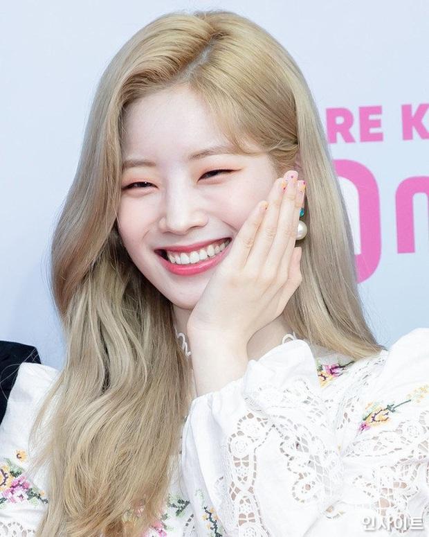 Đọ mặt mộc các mỹ nhân Hàn khi nhập ngũ: Lisa (BLACKPINK) da đẹp khó tin, Jessi gây sốc khi nhan sắc tuột dốc - Ảnh 12.