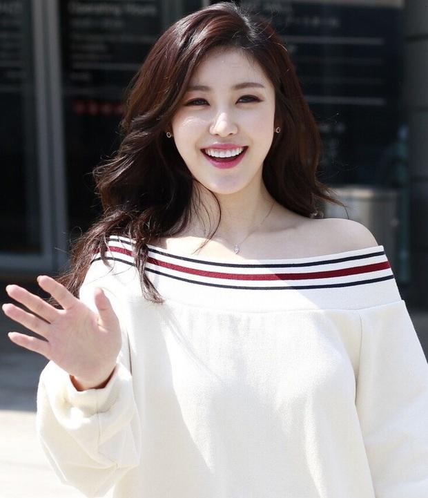 Đọ mặt mộc các mỹ nhân Hàn khi nhập ngũ: Lisa (BLACKPINK) da đẹp khó tin, Jessi gây sốc khi nhan sắc tuột dốc - Ảnh 14.