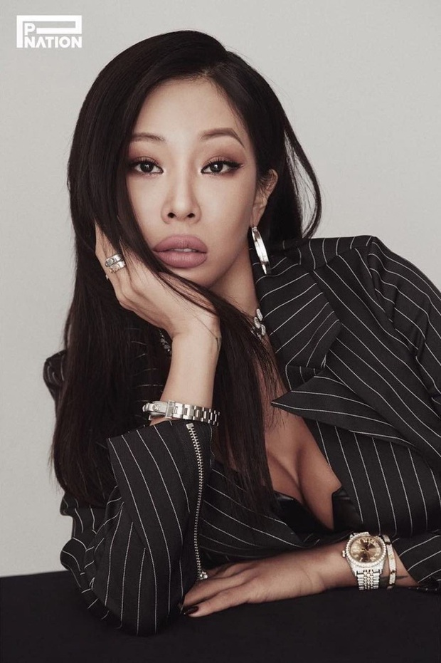 Đọ mặt mộc các mỹ nhân Hàn khi nhập ngũ: Lisa (BLACKPINK) da đẹp khó tin, Jessi gây sốc khi nhan sắc tuột dốc - Ảnh 16.