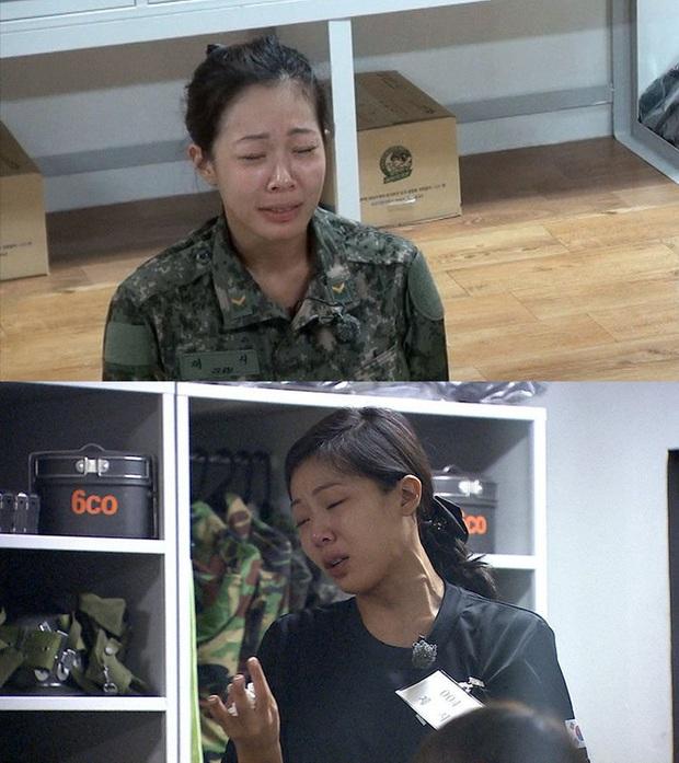 Đọ mặt mộc các mỹ nhân Hàn khi nhập ngũ: Lisa (BLACKPINK) da đẹp khó tin, Jessi gây sốc khi nhan sắc tuột dốc - Ảnh 17.