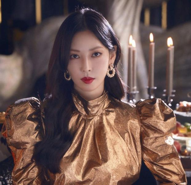 Đọ mặt mộc các mỹ nhân Hàn khi nhập ngũ: Lisa (BLACKPINK) da đẹp khó tin, Jessi gây sốc khi nhan sắc tuột dốc - Ảnh 18.