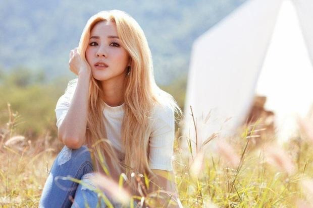 Đọ mặt mộc các mỹ nhân Hàn khi nhập ngũ: Lisa (BLACKPINK) da đẹp khó tin, Jessi gây sốc khi nhan sắc tuột dốc - Ảnh 4.