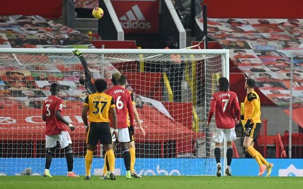 Thắng kịch tích trận cuối cùng của năm, MU lên nhì bảng Ngoại hạng Anh - Ảnh 5.