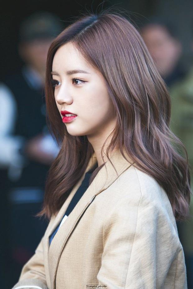 Đọ mặt mộc các mỹ nhân Hàn khi nhập ngũ: Lisa (BLACKPINK) da đẹp khó tin, Jessi gây sốc khi nhan sắc tuột dốc - Ảnh 9.