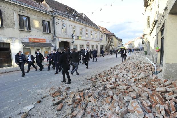 Croatia: Động đất khiến ít nhất 7 người thiệt mạng và hàng chục người khác bị thương - Ảnh 2.