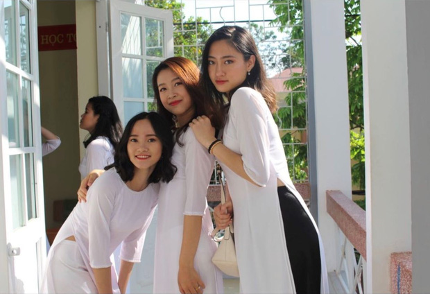 Hoa hậu Lương Thùy Linh thời đi học: Mặt mộc xinh xuất sắc, lên đại học từng stress vì lủi thủi chơi một mình - Ảnh 1.