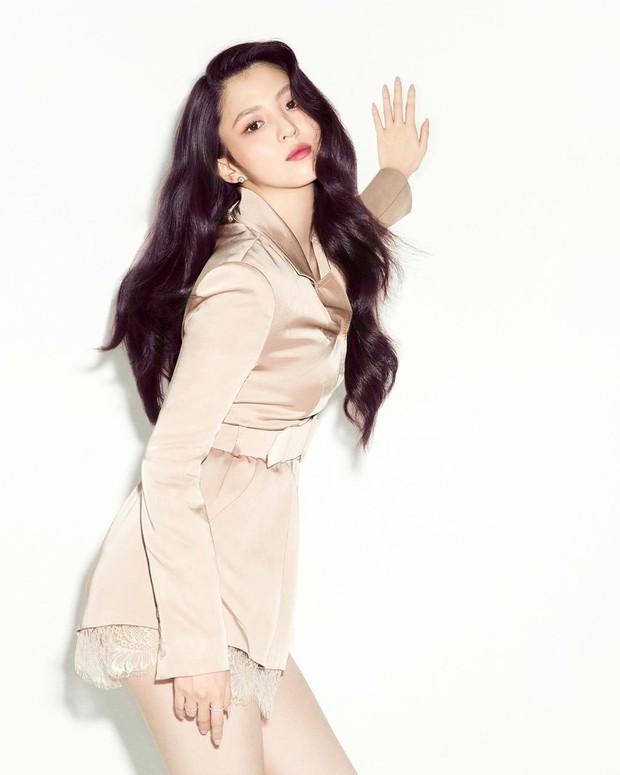 Seo Ye Ji đụng độ Han So Hee: Điên nữ tạo dáng thót tim nhưng tiểu tam cũng không kém cạnh về độ bốc lửa - Ảnh 4.