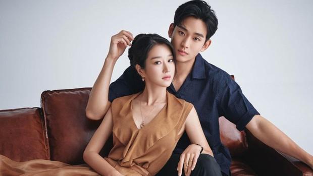 Dự đoán cặp đôi bị Dispatch đưa lên thớt ngày 1/1: Hyun Bin - Son Ye Jin hay Jennie - Mino quá rõ, BTS cũng không thoát - Ảnh 9.