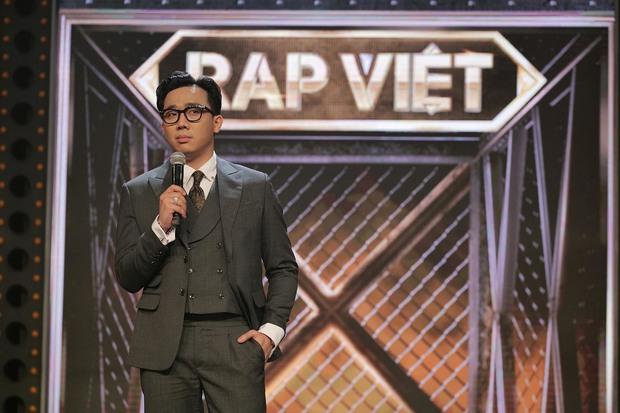 Dàn nghệ sĩ đổi nghề MC, nhẵn mặt với khán giả truyền hình trong thập niên 2010s - Ảnh 1.