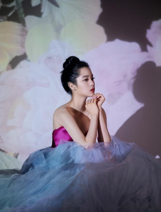 Dàn sao khủng tại gala năm mới: Dương Mịch đọ sắc cực gắt với đàn em, Vương Nhất Bác lộ diện sau scandal bị cảnh sát điều tra - Ảnh 10.